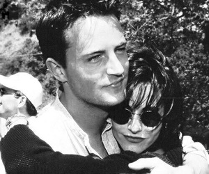 90's, chandler bing, and courtney cox image