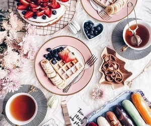 food, strawberry, and tea image