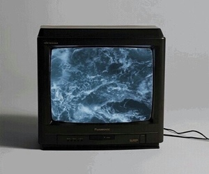 tv, grunge, and sea image
