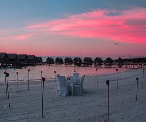dinner, Maldives, and romance image