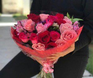black, pink, and roses image