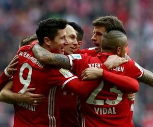 football, fc bayern münchen, and team image