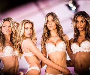 models and Victoria's Secret image