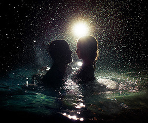 couple and sea image