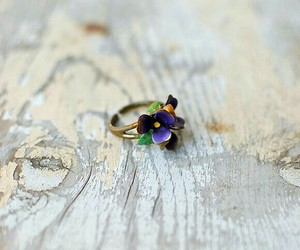 ring and flowers image