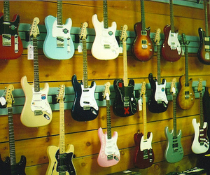 guitar and shop image