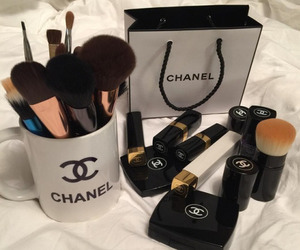 girl, chanel, and makeup image