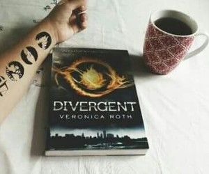 books, veronica roth, and divergent image
