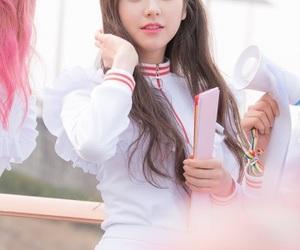 k-pop, kpop, and heejin image