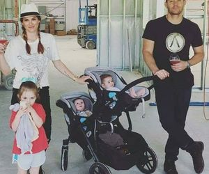 arrow, family, and jj image