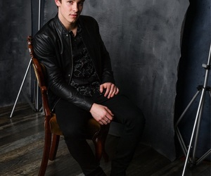 shawn mendes, music, and boy image
