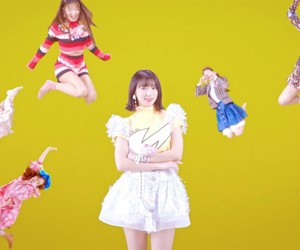 coloring book and oh my girl image