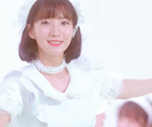 coloring book, binnie, and oh my girl image