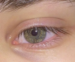 aesthetic, eye, and pale image