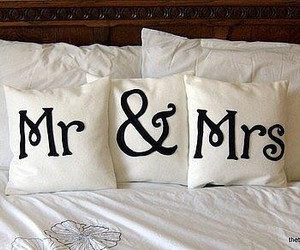 mr, bed, and mrs image