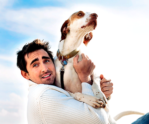 lee pace and dog image