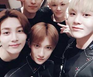 Seventeen, seungkwan, and jeonghan image