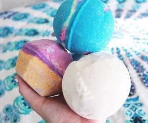 bath bombs, lush, and tumblr quality image