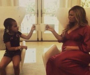 pregnent, beyoncé, and blue ivy image