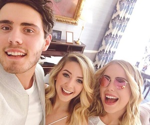 zoella, zoe sugg, and poppy deyes image