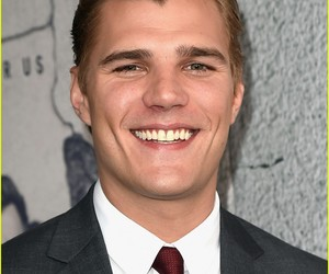 hbo, chris zylka, and the leftovers image