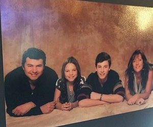 family, shawn, and mendes image