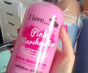 i love and pink marshmallow image