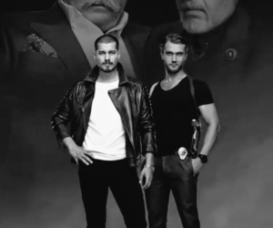 black and white, sarp, and aras bulut iynemli image