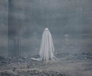 Casey affleck, a ghost story, and rooney mara image