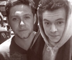 niall horan, narry, and one direction image
