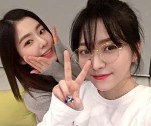 hairstyle, red velvet, and irene image