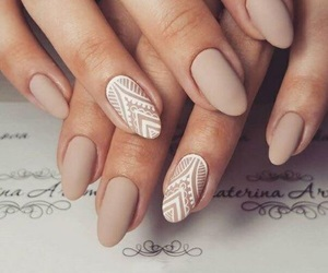 nails, beauty, and beige image
