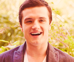 josh hutcherson, the hunger games, and thg image