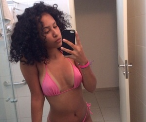 body, summer, and hair curly image