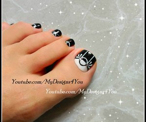 black and white, monochrome, and nail art image