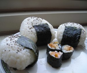sushi, food, and onigiri image