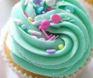 cupcake, pastel, and food image
