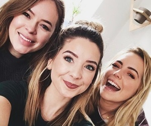 youtube, zoe, and zoella image