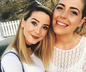best friends, zoe, and zoella image