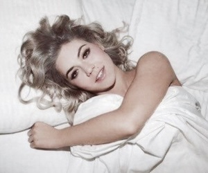 marina and the diamonds, electra heart, and pink aesthetic image