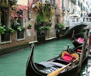 boat and italy image