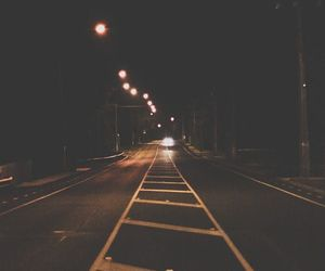 cars, pale, and noite image