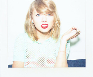 Taylor Swift and 1989 image