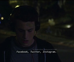 13 reasons why and por trece razones image