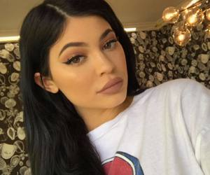 kylie jenner, make up, and style image