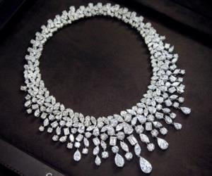necklace, briliant, and diamond image