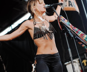bands, concerts, and juliet simms image