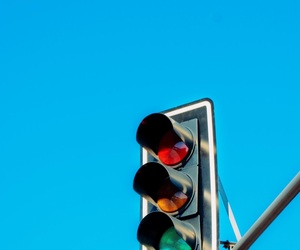 color and traffic light image