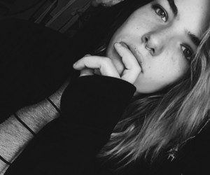 dark, girl, and grunge image