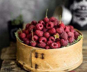 fruit and raspberry image